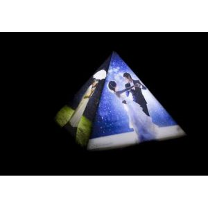 Personalized pyramid photo lamp 2