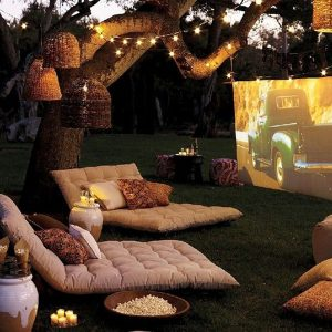 bring-the-movie-night-to-your-backyard;